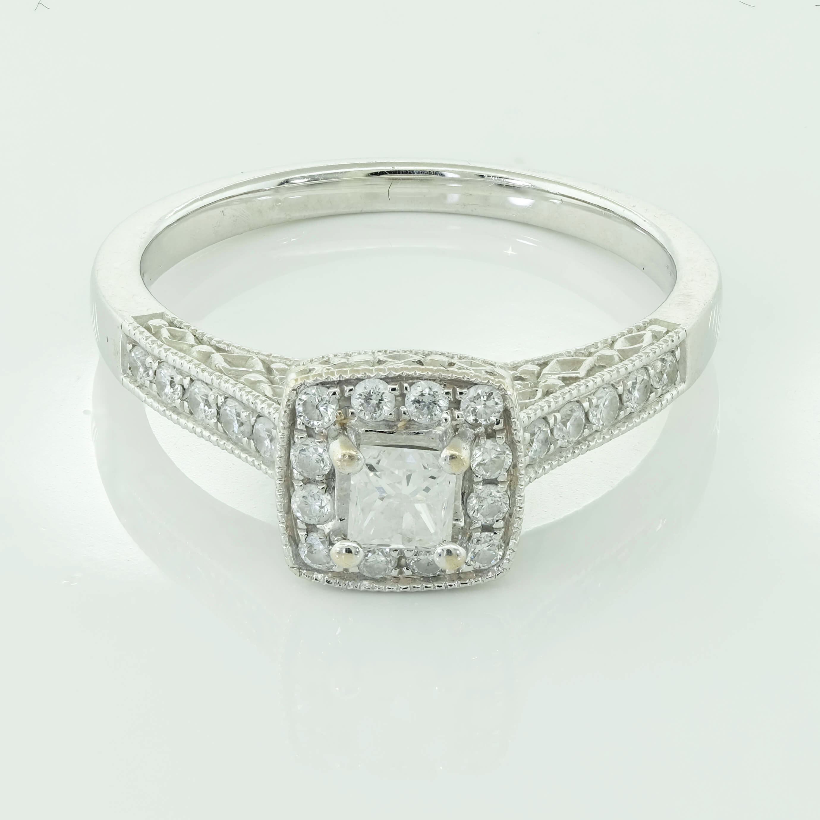 Vintage Style Princess Cut 0.45ct Diamond Halo Bridal ...